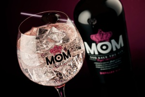 Botella y Perfect Serve MOM 2
