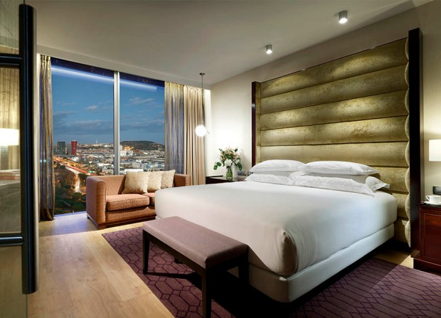 Hyatt-Regency-Barcelona-Tower-2